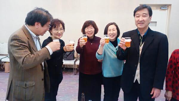 3家族で乾杯