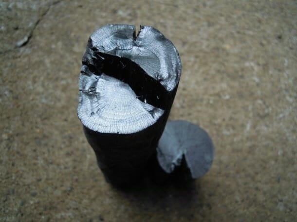 涵養庵 炭について
