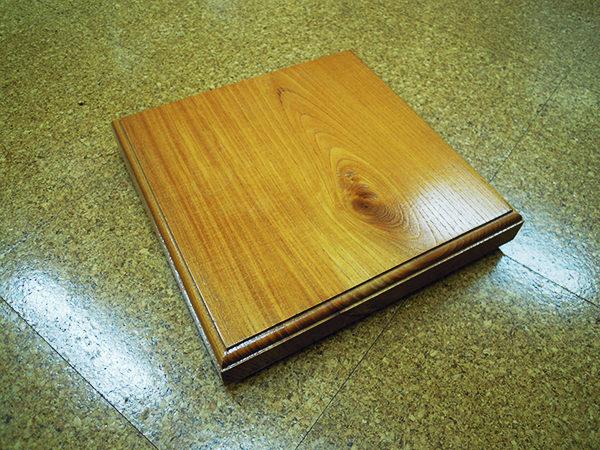欅板の敷板