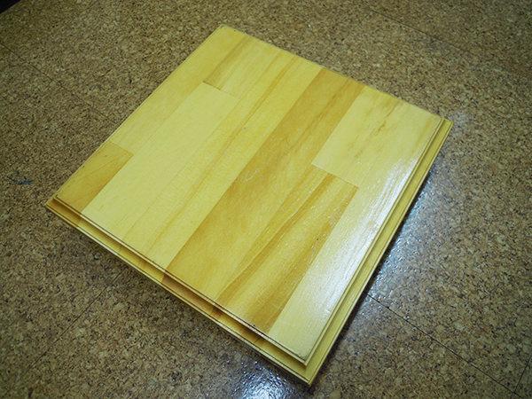 集成板の敷板
