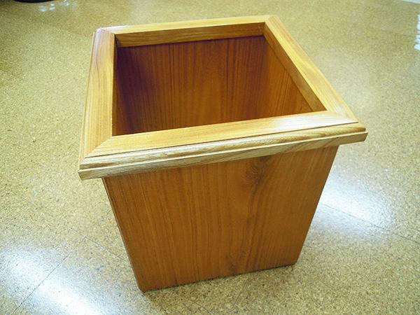 欅材で作った収納箱