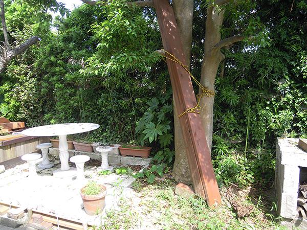 富津荘 ガーデンテーブル