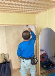 室内塗装作業